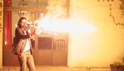 【動画有】ベルから炎を噴射するファイヤートロンボーン奏者がマジで凄かった
