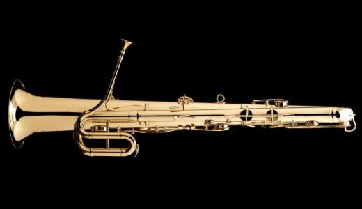 バリトンサックスそっくりな金管楽器「オフィクレイド」